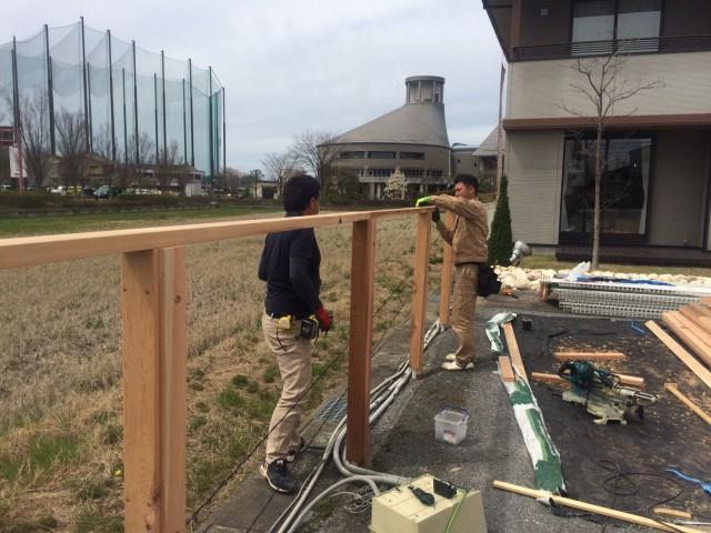 うちの安澤工務と藤田大工の息のあった作業・・美しい。